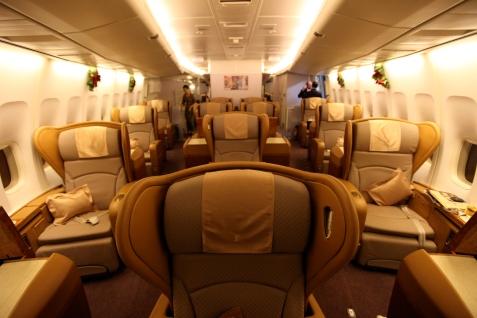 SQ_First_Class_747_cabin