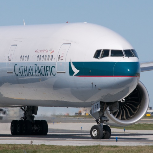 Cathay_Pacific_Boeing_777-300ER_(7055258465)_(2)