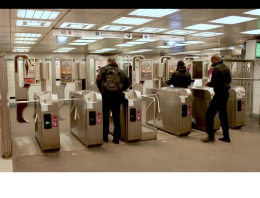 large_paris-metro-station