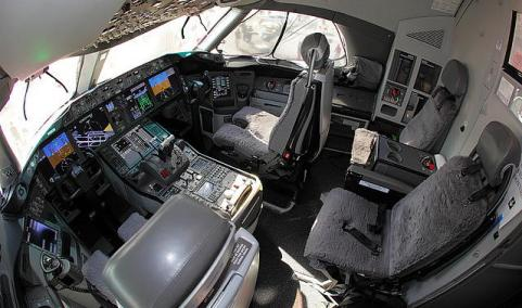 jumpseat-787-jpg.21580