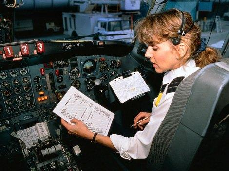 airline-pilot-checklist.jpg